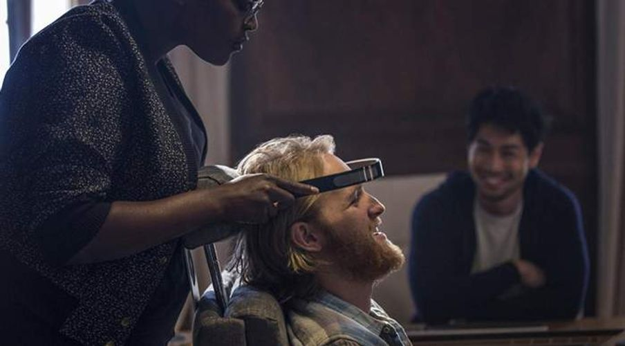"""Why the Trippy Parables of """"Black Mirror"""" Are Exactly What We Need Right Now"""