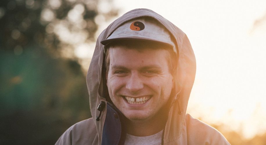 """Mac Demarco Shares Two Breezy New Tracks From Upcoming Album """"This Old Dog"""""""