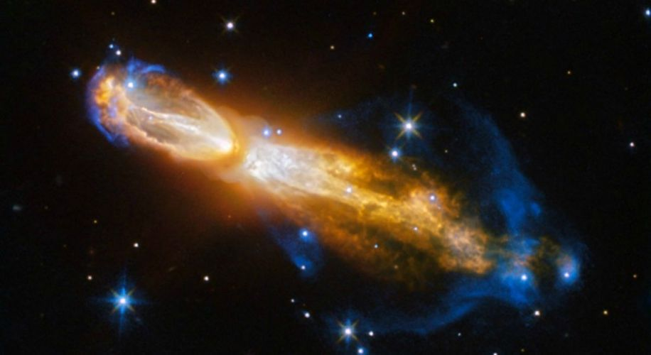 NASA's Hubble Telescope Snapped a Rare Photo of a Dying Star