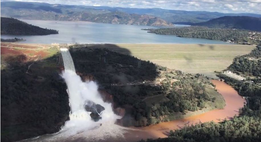 Oroville Dam Overflow Sparks Massive Evacuation in Northern California
