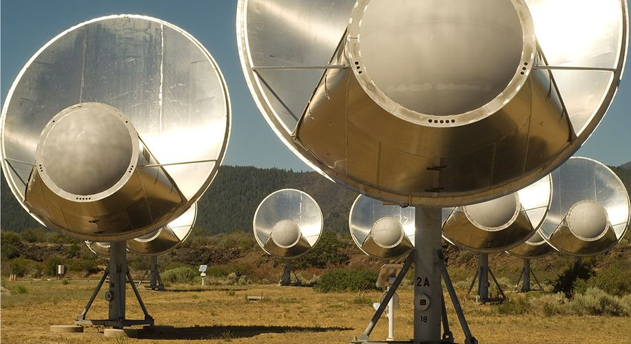 """The True Story Behind """"Contact"""": How One Scientist Dedicated Her Life to Finding Aliens"""