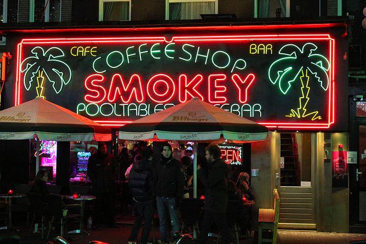 Video: Inside Amsterdam's Coffee Shops