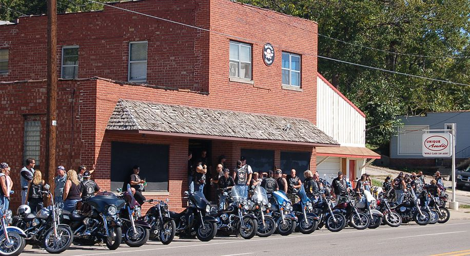 """The True Story of Big Pete & The Outlaws Makes """"Sons of Anarchy"""" Look Tame"""
