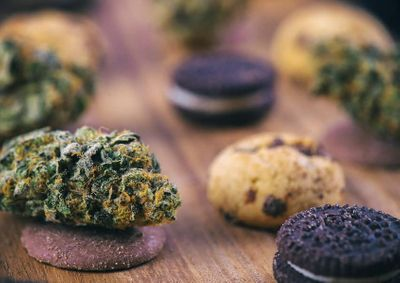 1567208343062_uses-benefits-and-side-effects-cannabis-edibles.jpg