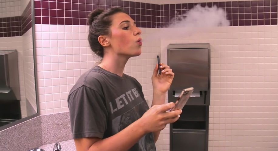Schools Across the Country Are Installing Vape Detectors to Sniff Out Students