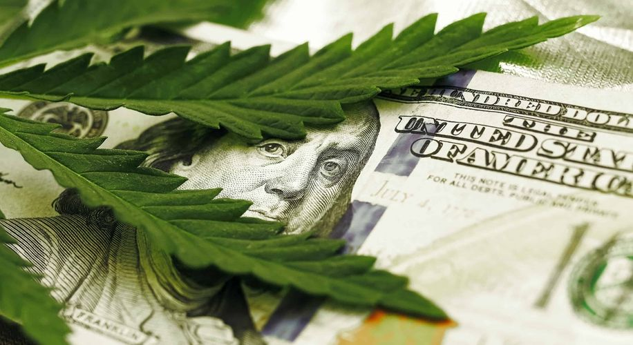 Legitimate Banks Are Starting to Work with Weed Companies, Despite Prohibition