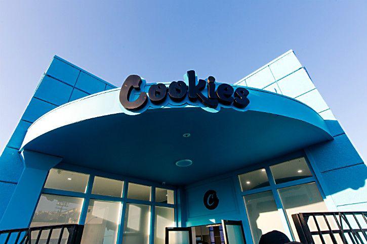 1572908298006_cookies-building.jpg